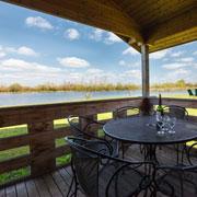 Lake Pochard – lodges, fishing and café