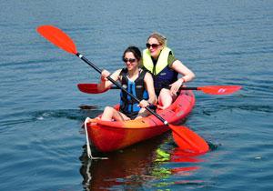 Girls-kayak-web
