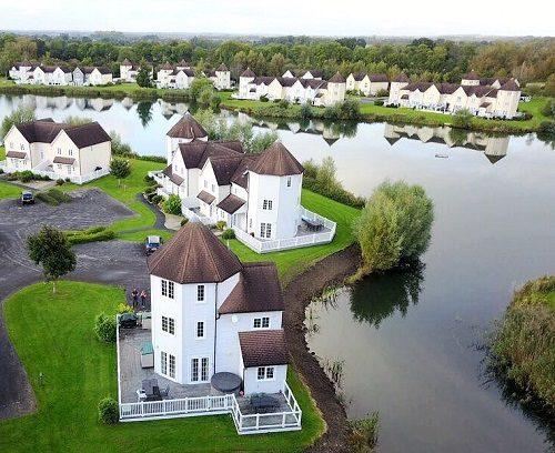 Cotswold Water Park Lodges